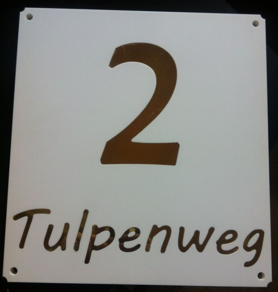 hausnummer2